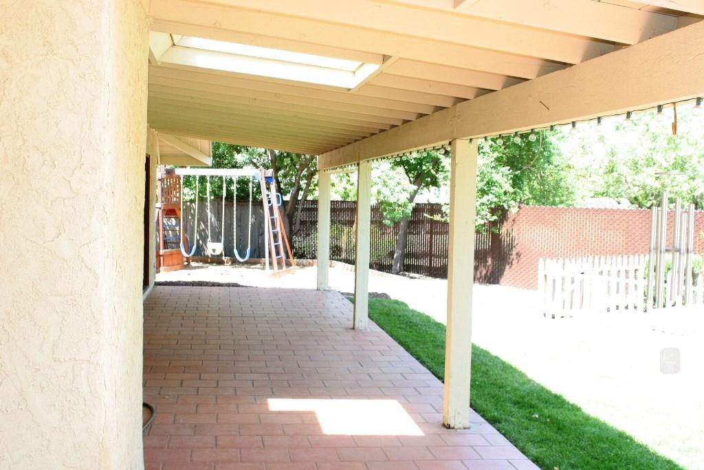 2080 Bidwell Avenue, Chico CA: http://media.crmls.org/medias/2d9b4399-055d-43f8-bc1c-6a1312feb817.jpg
