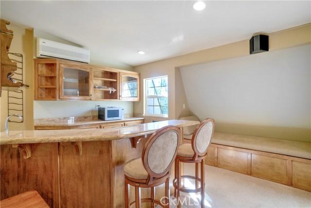 18 Ranchview Road, Rolling Hills Estates CA: http://media.crmls.org/medias/2d9f1a76-74f2-485a-b243-ba49a936f1e1.jpg