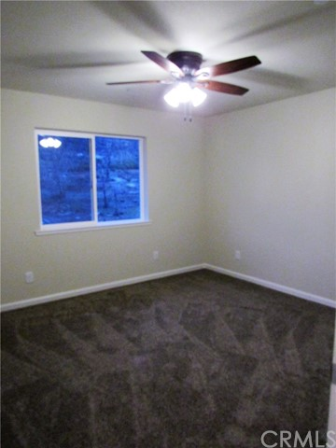 15300 Trinity Road, Cobb CA: http://media.crmls.org/medias/2dadb621-56d5-4a96-bb57-6fdcb2fd6479.jpg