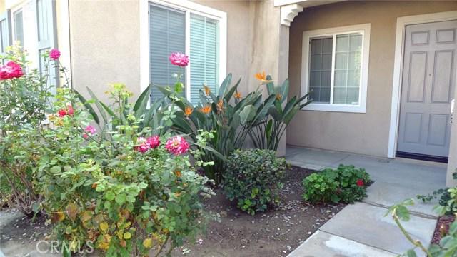 14449 Dalebrook Drive, Eastvale CA: http://media.crmls.org/medias/2dae5fe3-aad9-4656-88d9-412e423668df.jpg