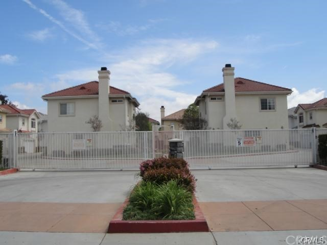 1352 S WHITE Avenue, Pomona CA: http://media.crmls.org/medias/2db5d988-ecf2-4295-8814-9521cc2039a5.jpg