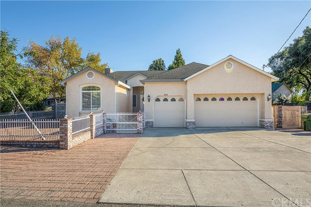 Detail Gallery Image 1 of 1 For 19735 Oak Flat Rd, Hidden Valley Lake,  CA 95467 - 4 Beds   2 Baths