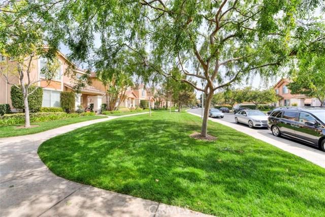 40 Avanzare, Irvine, CA 92606 Photo 3