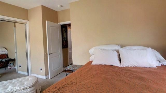 212 Catalina Avenue, Avalon CA: http://media.crmls.org/medias/2dead71c-fac9-45bc-a485-dd8ae49ff907.jpg