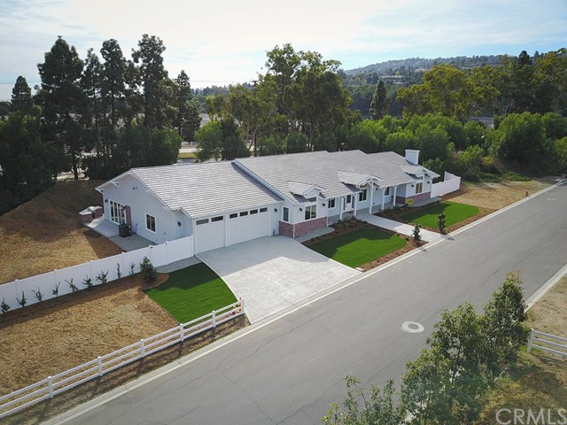 Single Family Home for Sale at 1 Casaba Road 1 Casaba Road Rolling Hills Estates, California 90274 United States