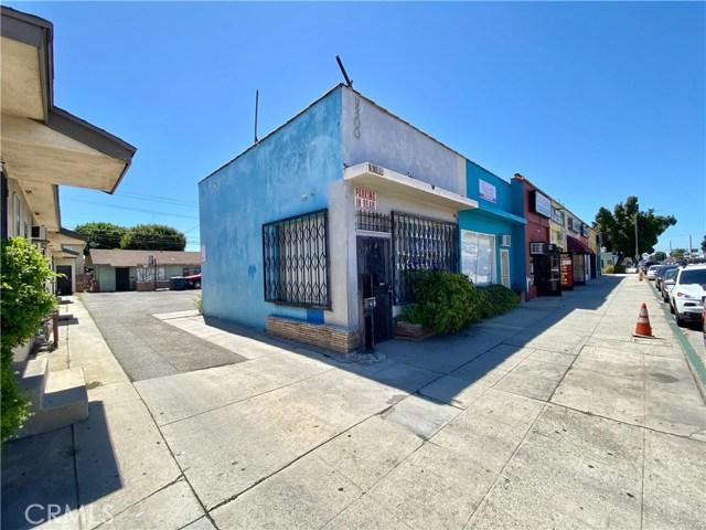 9300 California Avenue, South Gate CA: http://media.crmls.org/medias/2e0eac5e-dbbb-45d9-925e-39d2e163a8ac.jpg