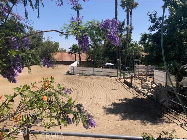 5537 Deer Creek Lane, Rancho Cucamonga CA: http://media.crmls.org/medias/2e3391d9-1199-4371-aff5-870106eb89da.jpg