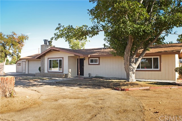 Detail Gallery Image 1 of 1 For 20204 Seneca Rd, Apple Valley, CA 92307 - 3 Beds | 2 Baths