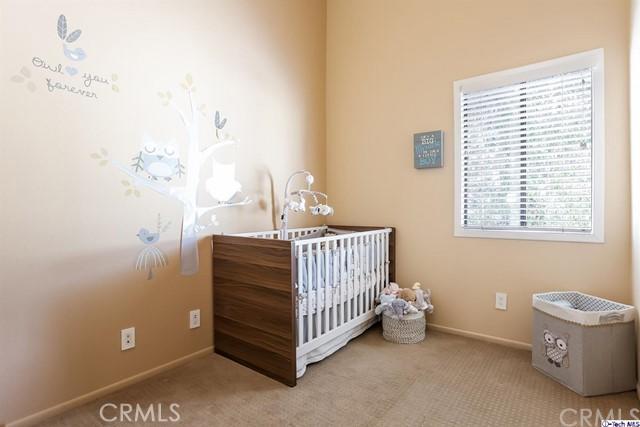 2809 Montrose Avenue, Glendale CA: http://media.crmls.org/medias/2e4bdec1-1acb-4824-b79f-fd657d14e919.jpg