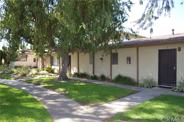227 S Canoga Pl, Anaheim, CA 92804 Photo 3
