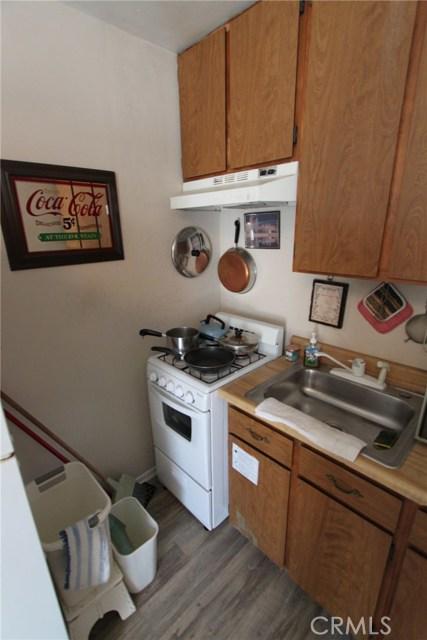 788 Joann Street, Costa Mesa CA: http://media.crmls.org/medias/2e737f07-fa87-400d-a2d2-144509245639.jpg