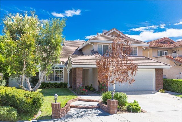 Single Family Home for Sale at 135 South Amberwood St 135 Amberwood Orange, California 92869 United States