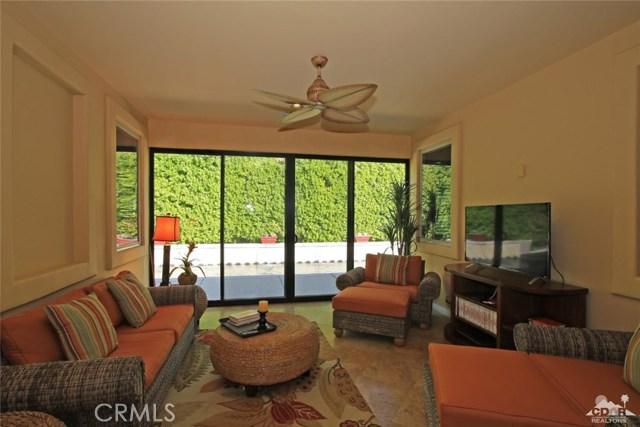 46180 Cypress Estates Court, Palm Desert CA: http://media.crmls.org/medias/2e79cb70-4935-4522-aac0-9d617380f9ad.jpg