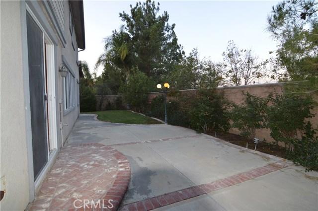 15965 Avenal Court, Chino Hills CA: http://media.crmls.org/medias/2e888837-6876-4ed0-a7aa-2f41026d409a.jpg