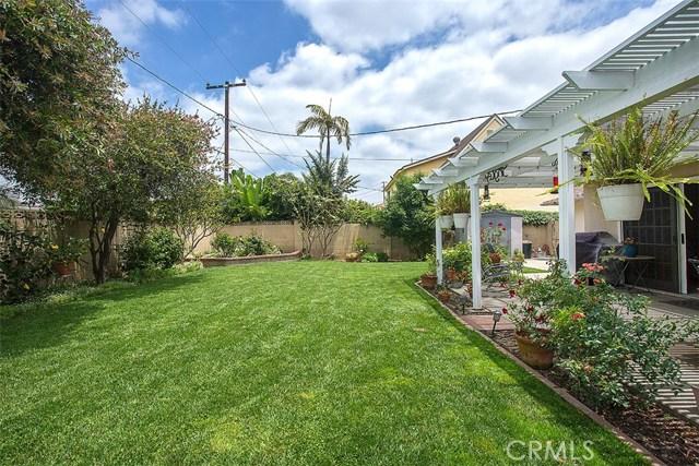 2913 E Hempstead Road, Anaheim CA: http://media.crmls.org/medias/2e8e848f-0b6c-40fc-80fd-1bfc122cfac7.jpg