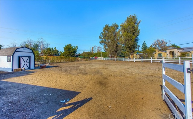 1542 SE Skyline Drive North Tustin, CA 92705 - MLS #: PW17269952