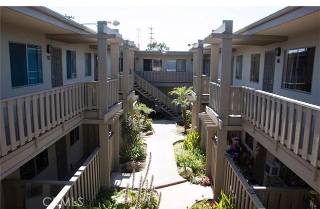 3365 Santa Fe Avenue, Long Beach CA: http://media.crmls.org/medias/2ea29837-4b8a-4895-80df-a3dfef8ce7bc.jpg