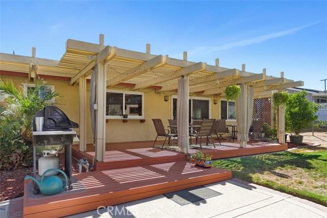 16275 Porter Avenue, Riverside CA: http://media.crmls.org/medias/2eaac2e8-a22d-469d-aa97-6366a1ff0c83.jpg