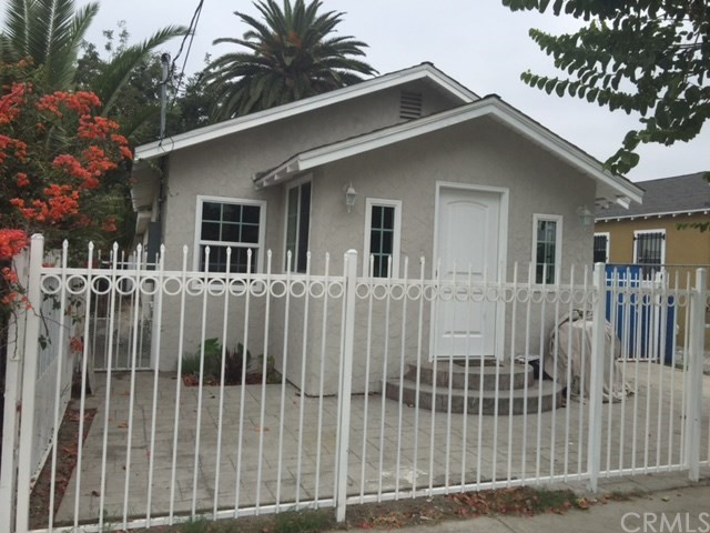 9809 Defiance Avenue, Los Angeles, California 90002