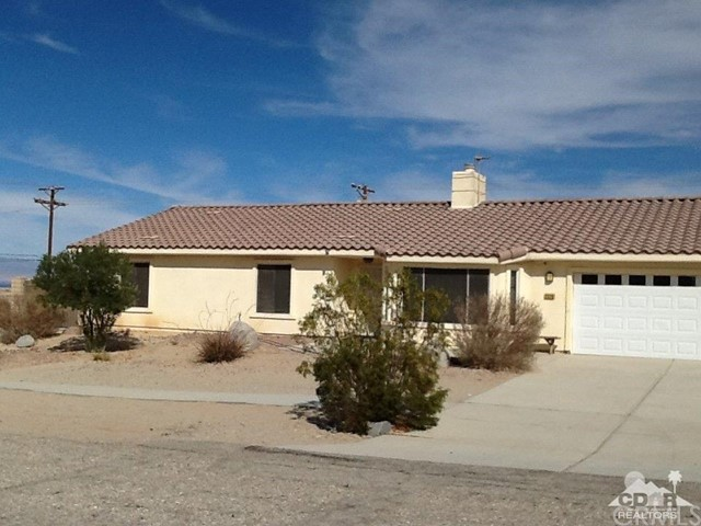 Single Family Home for Sale at 2326 Catalina Avenue Thermal, 92274 United States