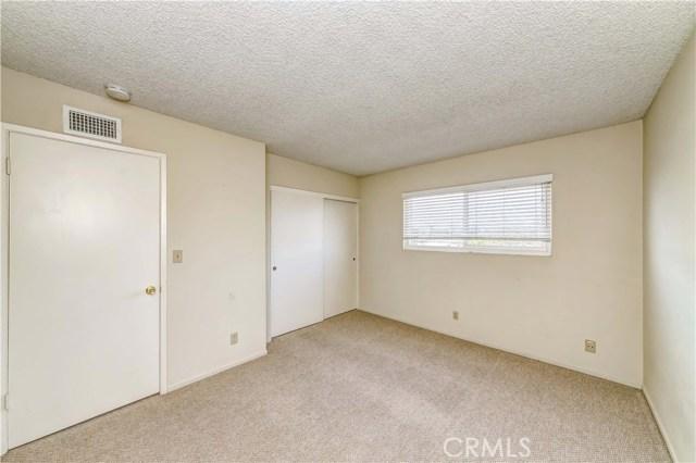 11801 La Serna Drive, Whittier CA: http://media.crmls.org/medias/2ec6bf51-674d-4e66-8bd9-f89c872177cb.jpg
