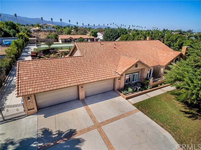 Photo of home for sale at 2785 State Street, Corona CA