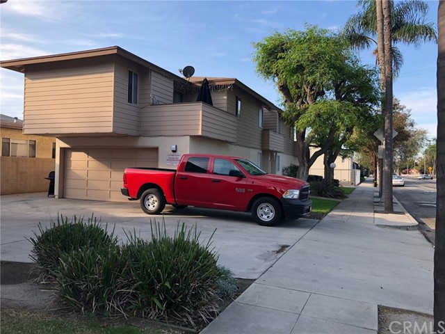 306 W Cypress St, Anaheim, CA 92805 Photo 2
