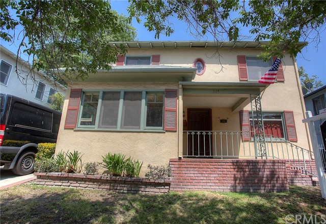 624 N Indian Hill Boulev Claremont, CA 91711 is listed for sale as MLS Listing CV16117543
