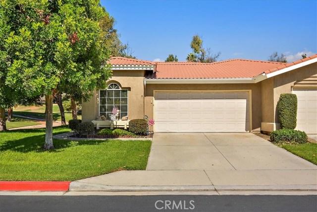 1301 Upland Hills S Drive, Upland CA: http://media.crmls.org/medias/2ed09d03-fe78-40ae-b2aa-c7dcab51b739.jpg