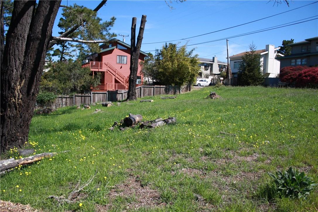 1 Richard Avenue, Cambria CA: http://media.crmls.org/medias/2ed4d5d0-675d-44ec-a12c-54508d79cf0e.jpg