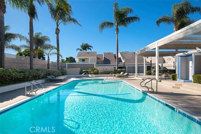 2554 Elden Avenue, Costa Mesa CA: http://media.crmls.org/medias/2ed522a4-f984-4ffe-8d70-78322bbb40fb.jpg