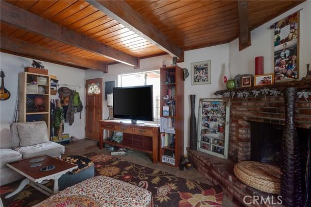 2187 4th Lane, Big Bear CA: http://media.crmls.org/medias/2ed5a785-3eaa-47c8-aeb6-f712ab4134c8.jpg