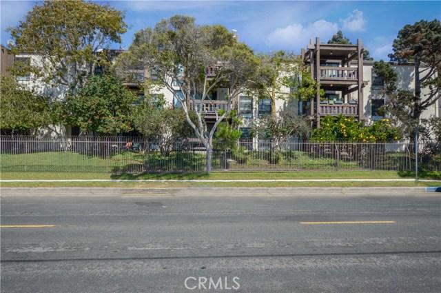 8640 Gulana Avenue J1013  Playa del Rey CA 90293