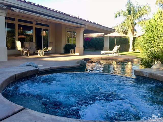 5 Varsity Circle, Rancho Mirage CA: http://media.crmls.org/medias/2edc877a-417e-4515-973a-369198fc0197.jpg