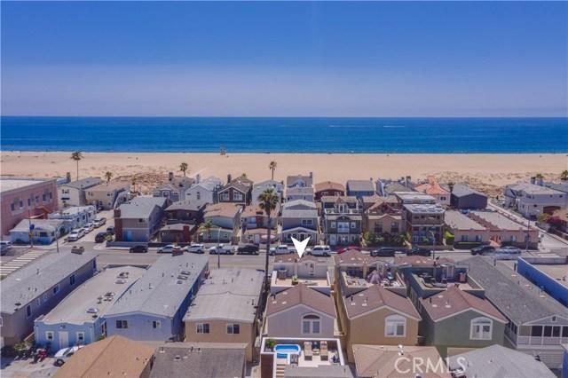 Photo of 210 E Balboa Boulevard, Newport Beach, CA 92661