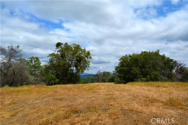 4 Buck Lane, Coarsegold CA: http://media.crmls.org/medias/2ef0b7e2-7d28-4f80-ab2a-367d5d88b632.jpg