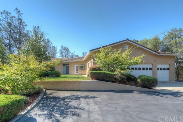 Single Family Home for Sale at 122 Country Oaks Drive Oroville, California 95966 United States