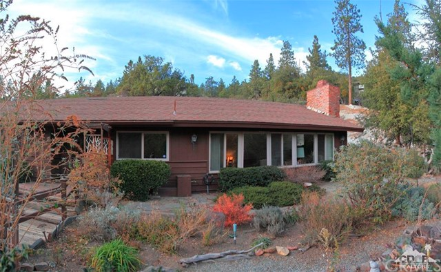 Single Family Home for Sale at 54680 Falling Leaf Drive 54680 Falling Leaf Drive Idyllwild, California 92549 United States