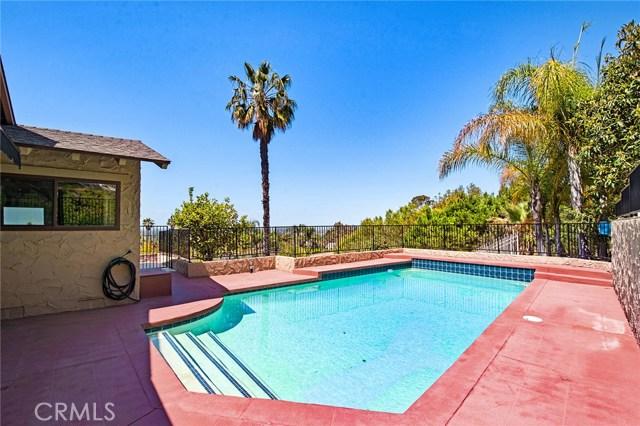 18352 Cerro Villa Drive, Villa Park CA: http://media.crmls.org/medias/2f12842f-6090-4392-885c-4266b1813fa0.jpg