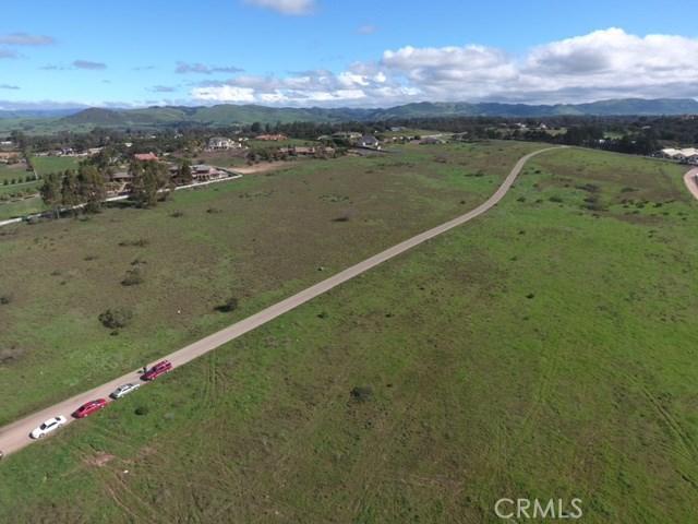 6 Westhampton, Arroyo Grande CA: http://media.crmls.org/medias/2f1f76d7-9de8-458d-80bb-4a296ecbc490.jpg