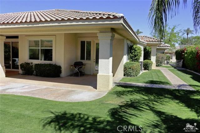 5 Varsity Circle, Rancho Mirage CA: http://media.crmls.org/medias/2f378a57-7fba-4466-85b5-d5f4e8a5b75a.jpg