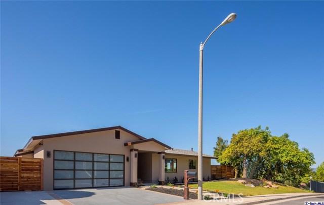 Single Family Home for Sale at 1248 Pleasantridge Drive Altadena, California 91001 United States