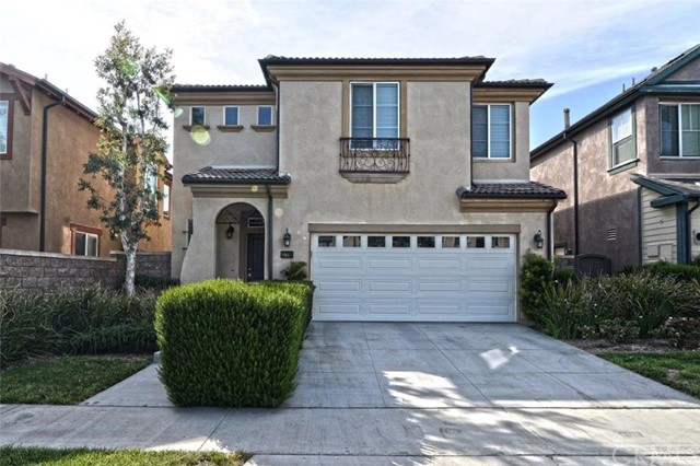 Townhouse for Sale at 178 Zephyr Run St Tustin, California 92782 United States