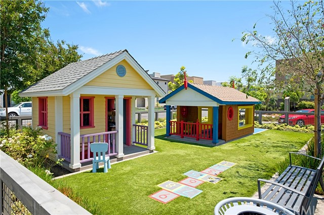 2 Jaripol, Rancho Mission Viejo CA: http://media.crmls.org/medias/2f60dbb3-f4c4-4ba4-b573-97aa5a239d15.jpg