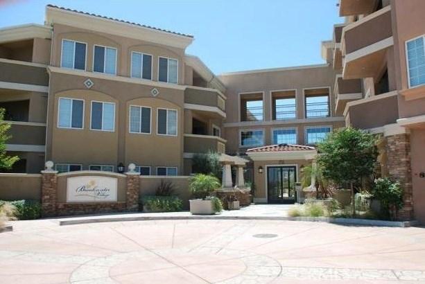 2750 Artesia Boulevard, Redondo Beach, CA 90278