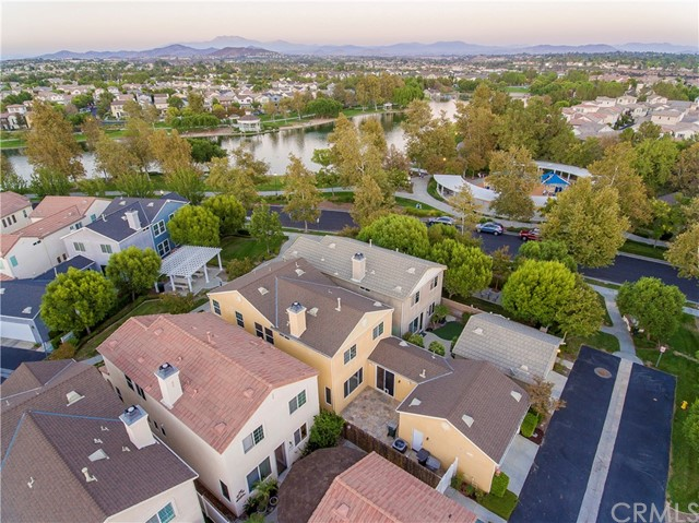 40136 Pasadena Drive, Temecula CA: http://media.crmls.org/medias/2f6c29c8-80b9-4b11-bf5d-f22f230935d5.jpg