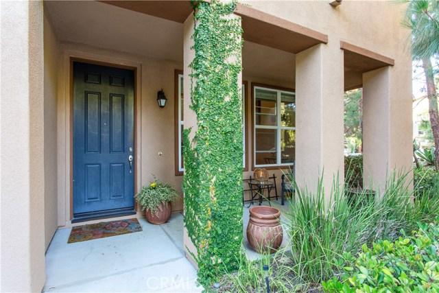 61 Passage, Irvine CA: http://media.crmls.org/medias/2f6ef89c-dbac-4891-bfaa-ec76d9ae46c6.jpg