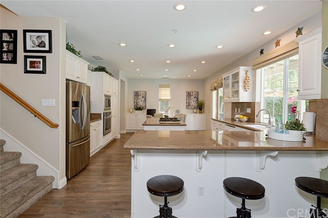 9 Franklin Way, Ladera Ranch CA: http://media.crmls.org/medias/2f784688-3059-4650-807e-342761b42ad5.jpg
