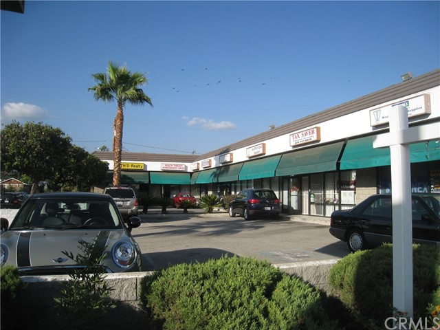 4107 E Live Oak Avenue, Arcadia CA: http://media.crmls.org/medias/2f7a01ba-6f87-4de4-9a67-e376bd52456e.jpg