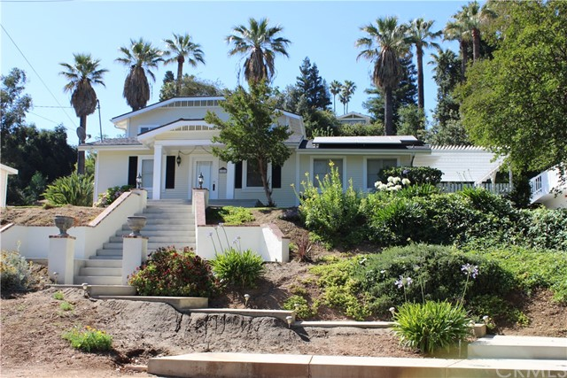 102 E Crescent Avenue Redlands, CA 92373 - MLS #: OC17139260